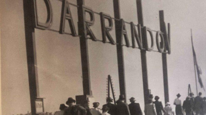 Lidé přicházejí na Barrandov - cca 1930
