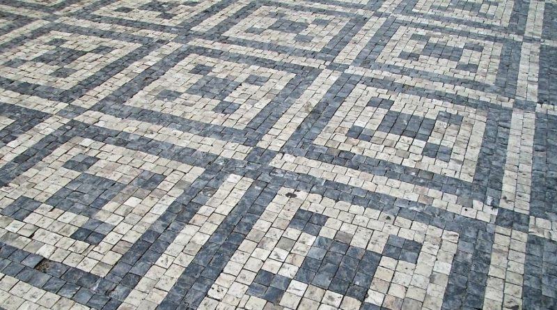 Mozaiková dlažba chodníku